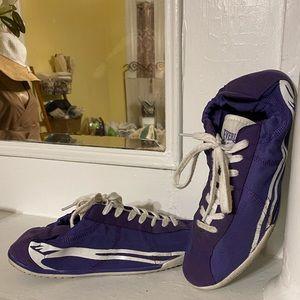 Everlast Sport Flexible Yoga / Gym / Tennis Shoes.